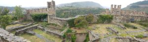 plus-size backpacker bulgaria veliko tarnovo tsarevets fortress