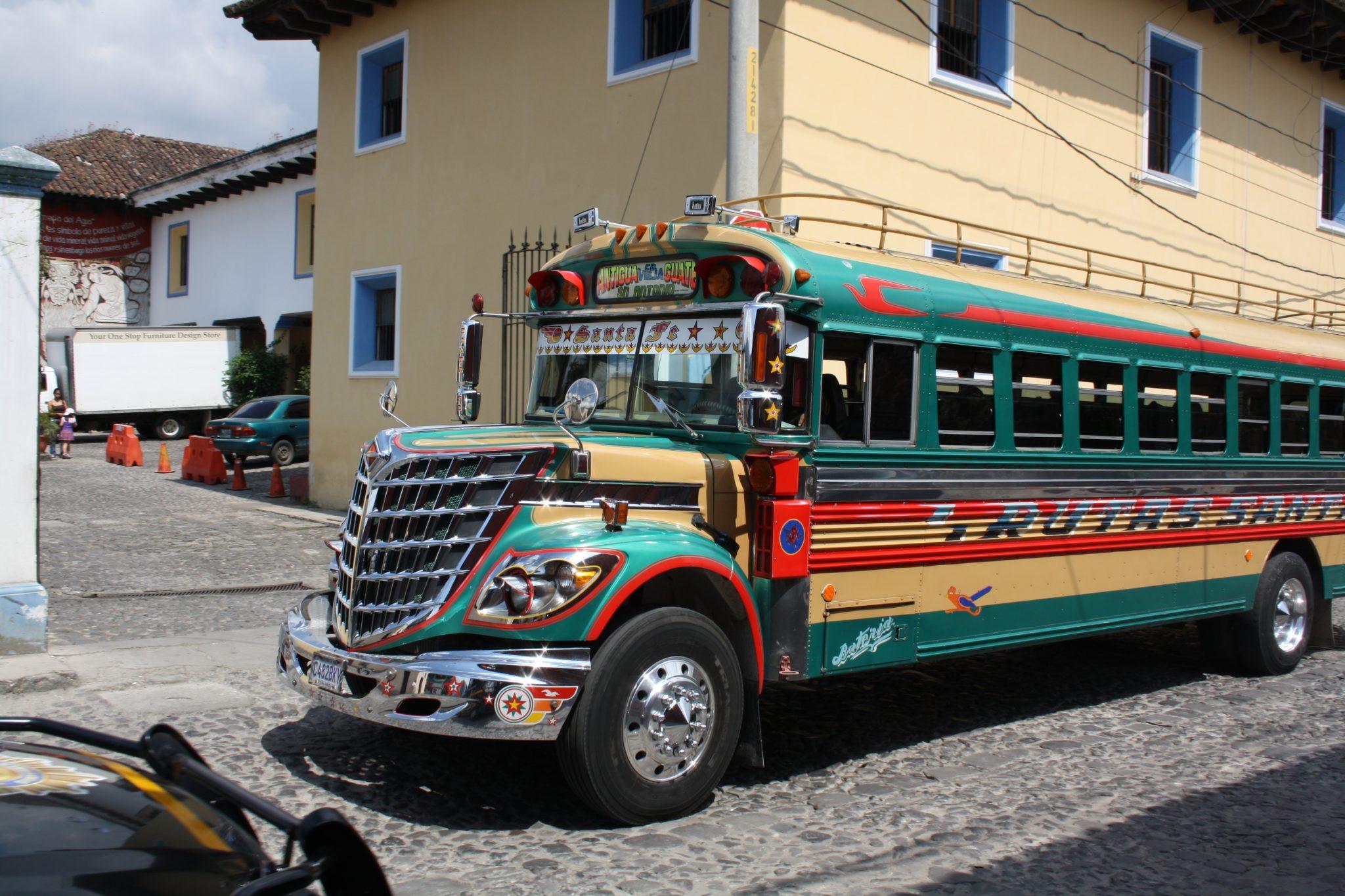 Chjicken bus Guatemala