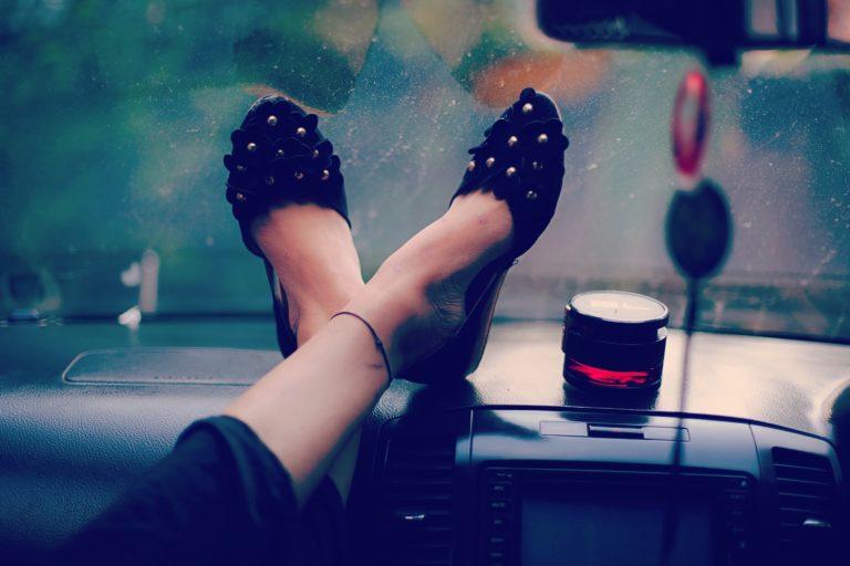 chaussures souliers choisir bons vêtements de voyage backpackeuse taille plus
