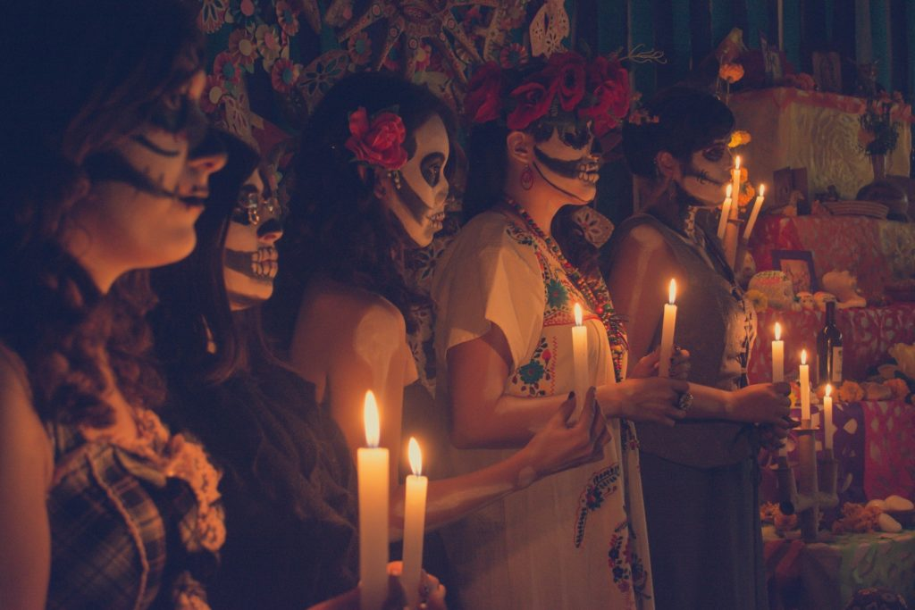 fall travel dia de los muertos day of the dead